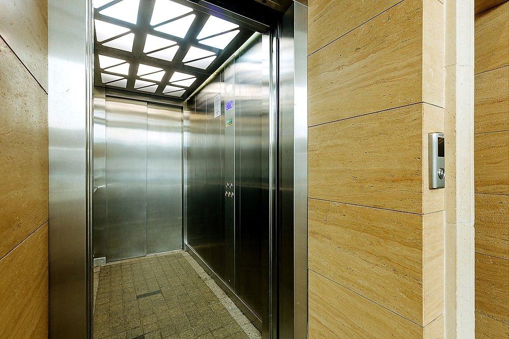 вид лифта в новых домах