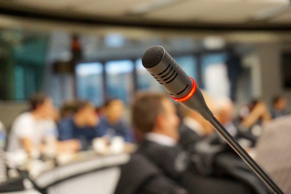 Начались публичные слушания по проектам планировок реновации