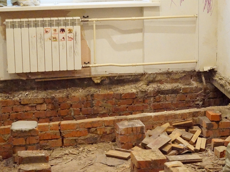 В московской пятиэтажке пол провалился под землю