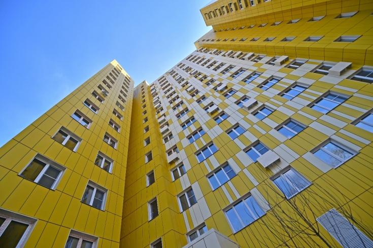 Более 10 квартир для инвалидов появятся в доме по реновации в ВАО
