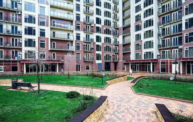 Стало известно, на сколько квартиры в домах, построенных по реновации, дороже чем в сносимых пятиэтажках