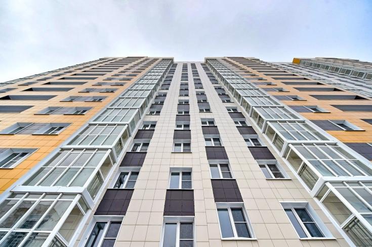 Более 400 москвичей собираются докупить жилье по программе реновации