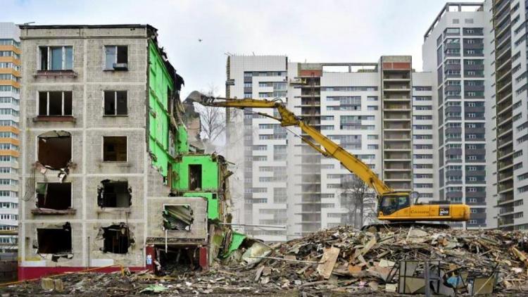 Около 300 пятиэтажек расселят по программе реновации к 2023 году