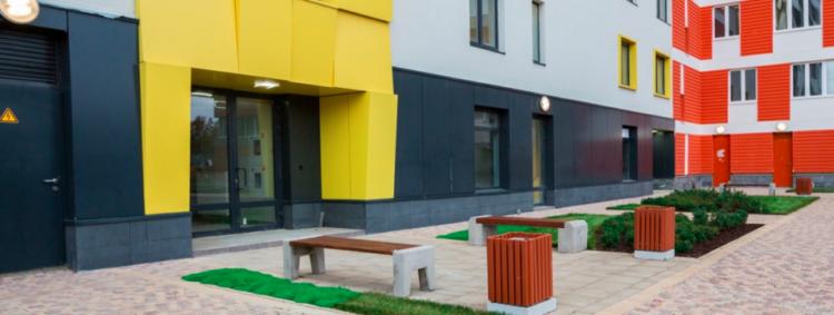 Дом с трехцветным фасадом введут по реновации в Северном Бутово на ул. Феодосийская, вл. 7, корп. 1 в этом году