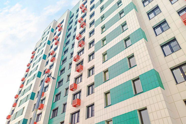 Первые два дома Фонда реновации ввели в Новой Москве