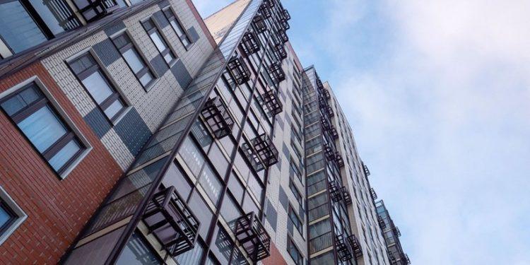 Двухсекционный жилой дом введут в этом году по программе реновации в районе Академический по ул. Шверника, вл. 6