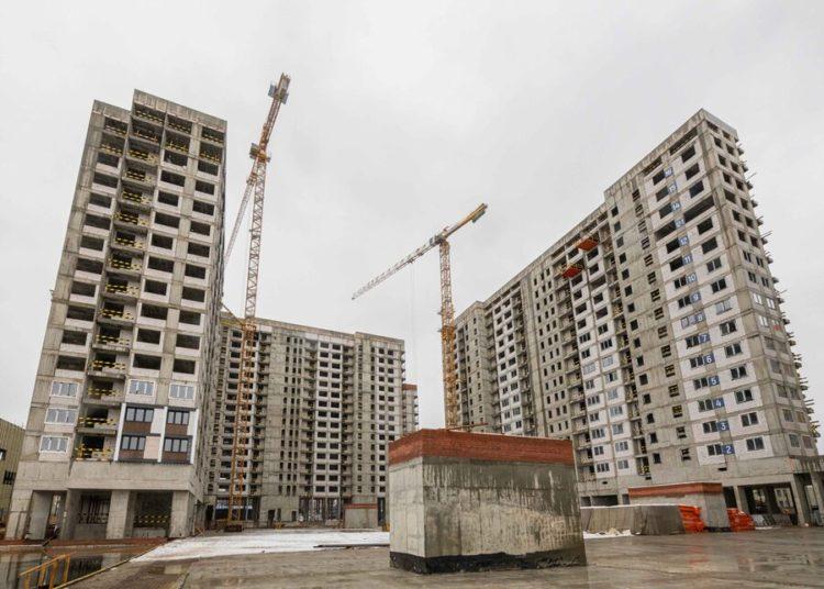 Коронавирус не повлиял на строительство жилья по реновации