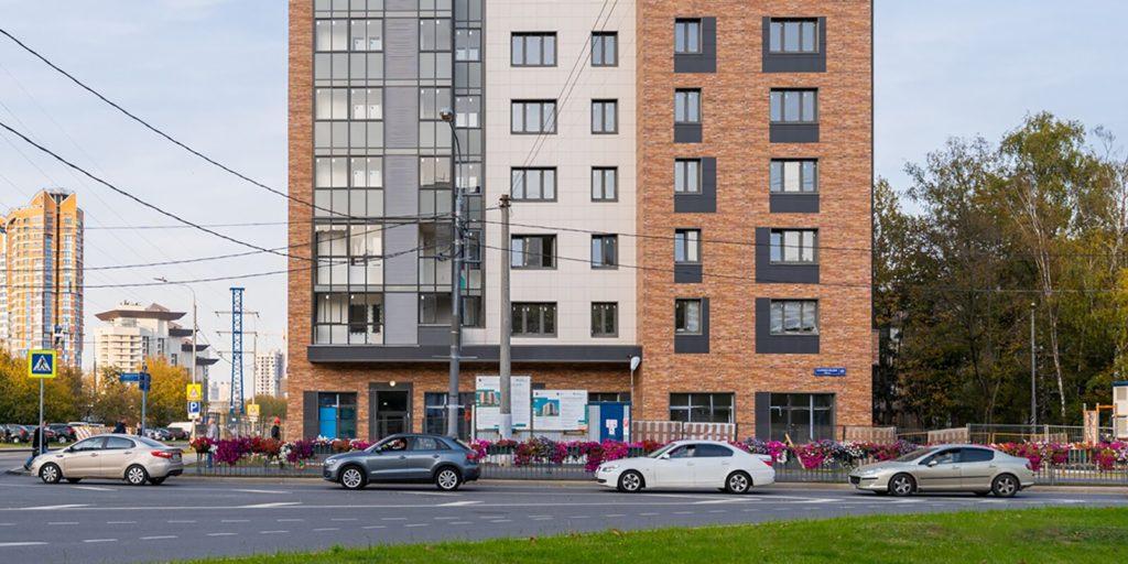 Два дома по программе реновации построили в ЮЗАО в районах Черемушки и Академический