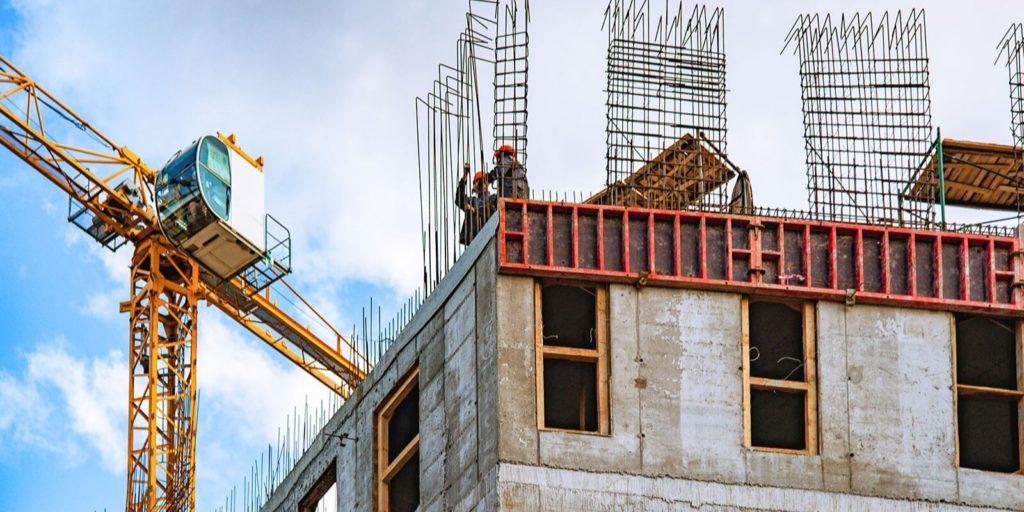 В 2020 году оформлено 54 разрешения на строительство домов по программе реновации