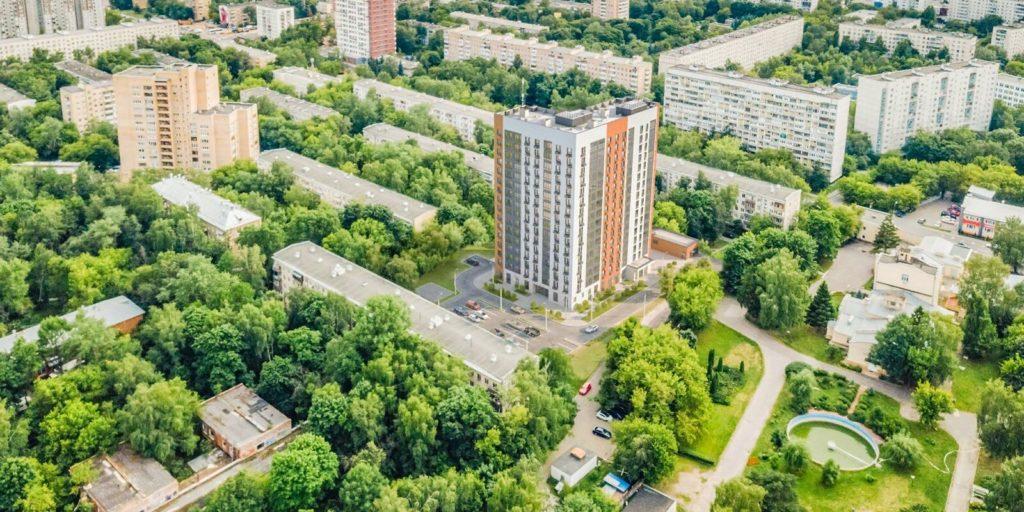 Более 60 семей начали переезд по программе реновации в Хорошево-Мневниках по адресу: улица Демьяна Бедного, дом 22