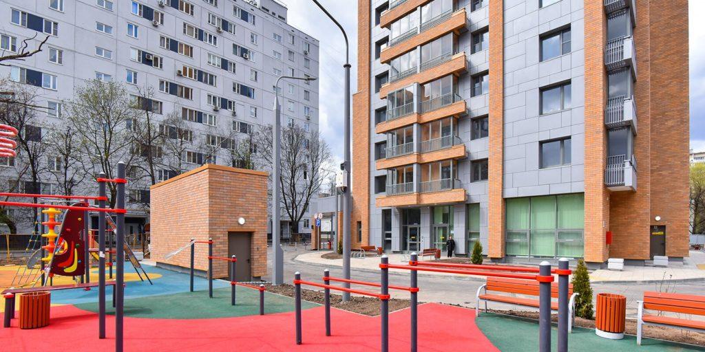 В Бирюлеве Западном по адресу: Булатниковский проезд, дом 16б начинается переселение по программе реновации