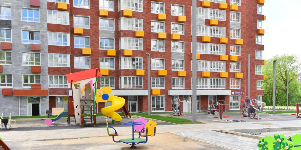 Программа реновации к заселению готовят три новостройки на западе Москвы