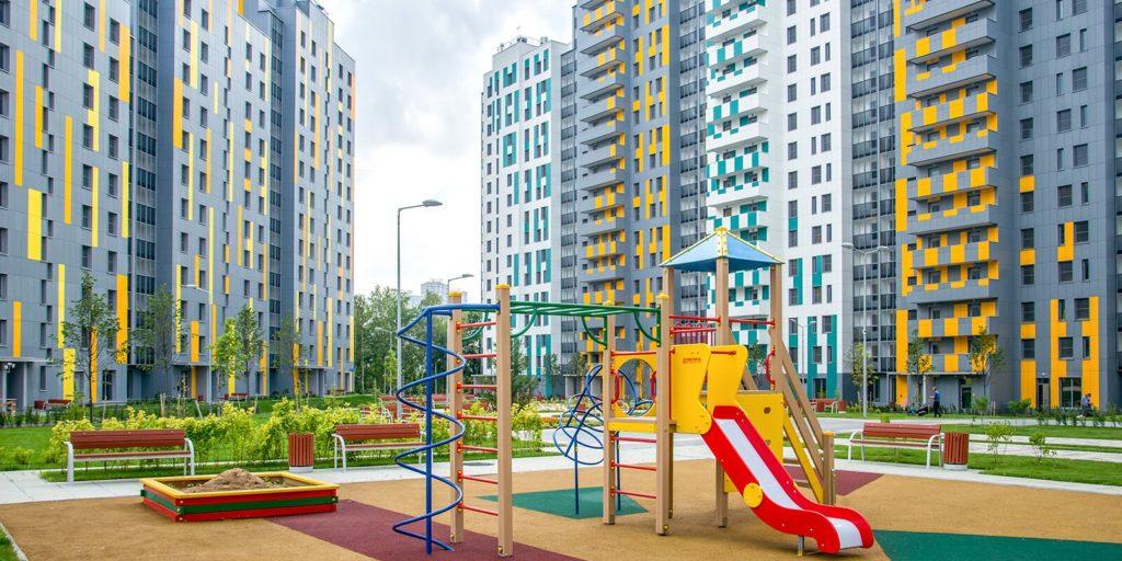 По программе реновации в новое жилье переселяются или уже переехали почти 44 тысячи москвичей