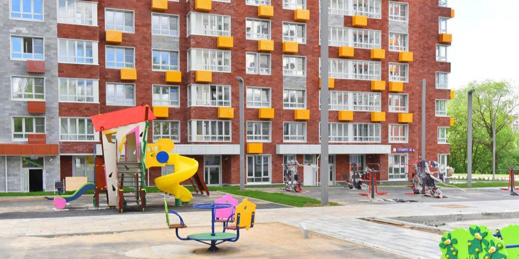Жители пятиэтажки на улице Пивченкова начинают переселение по программе реновации