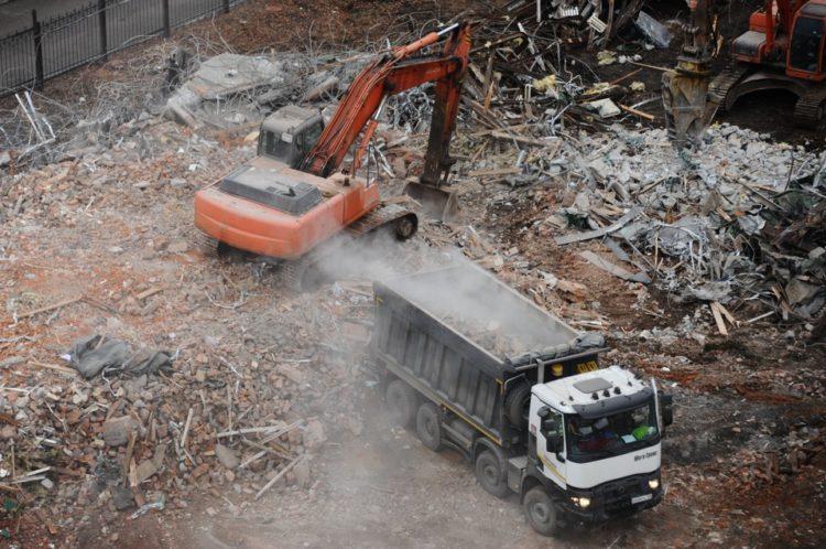 В Москве с начала реновации снесли 58 ветхих жилых домов