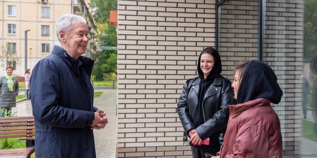 Сергей Собянин осмотрел новостройку в Хорошево-Мневниках, построенную по программе реновации